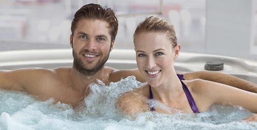 helsefordeler med NSS,par i bad